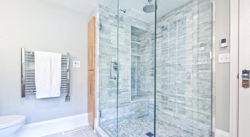 Best Way to Clean Shower Glass